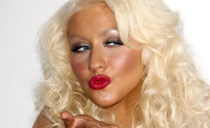 Did Christina Aguilera Hook Up with Samantha Ronson?