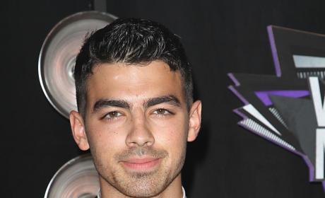 Joe Jonas at the VMAs