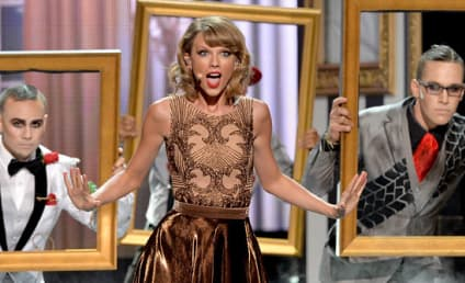 Taylor Swift Opens American Music Awards, Acts Like Psycho Ex-Girlfriend on Stage