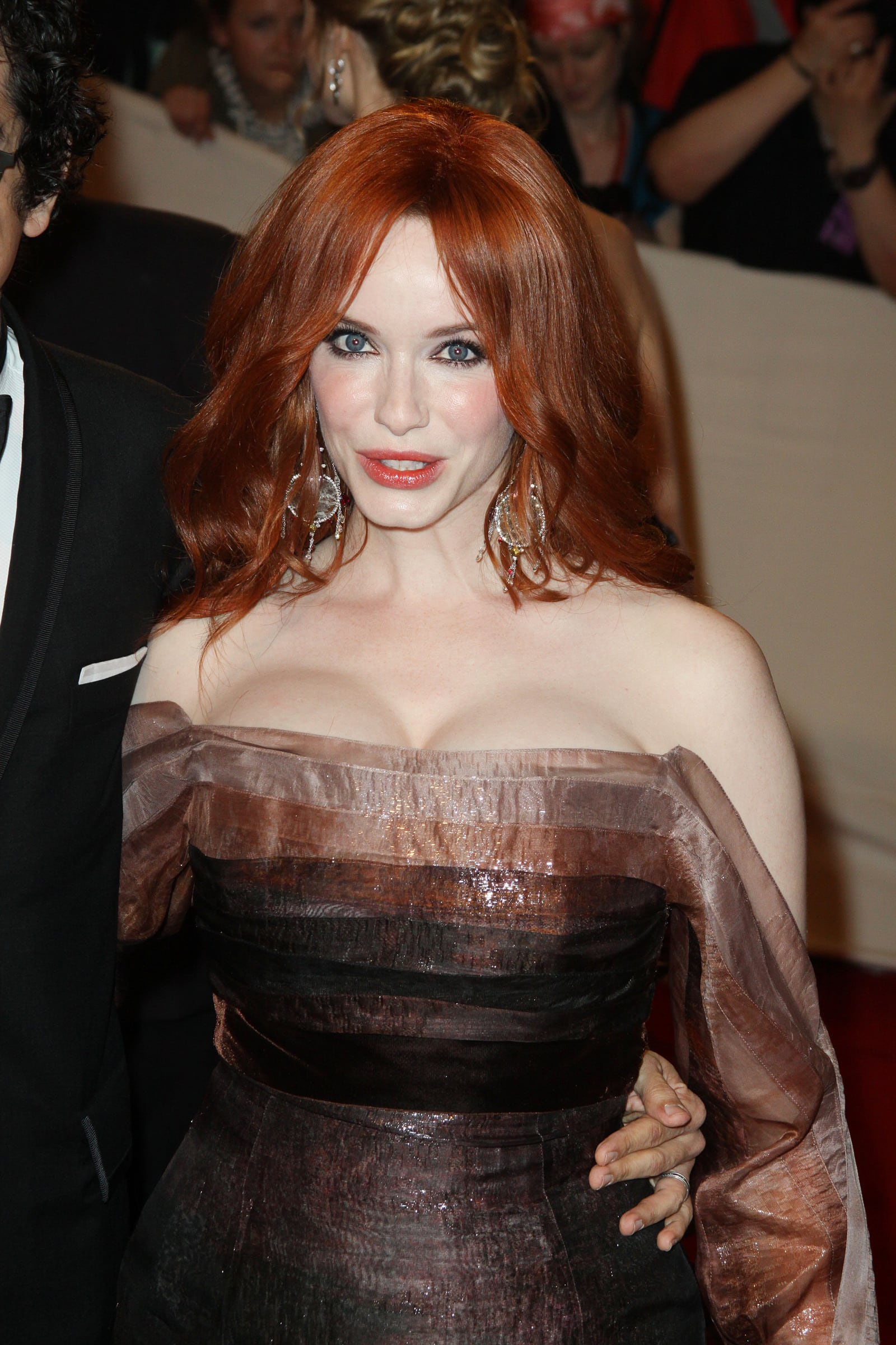 How big are christina hendricks boobs