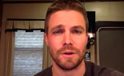 """Stephen Amell Apologizes for Tweet, Is Gonna """"Go Away"""" Now"""