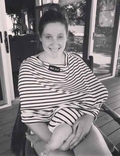 Tori Roloff Breastfeeds