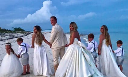 Kim Zolciak Renews Vows, Rides Horse in Wedding Dress