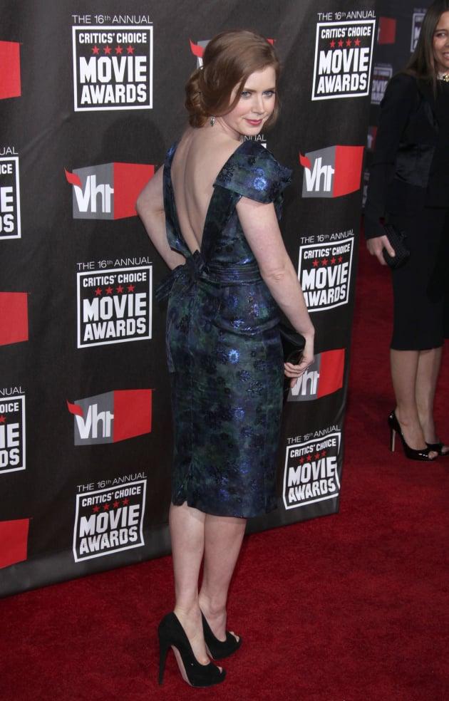 Amy Adams Pose