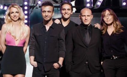 Britney Spears: Photoshopped Into V Pics?