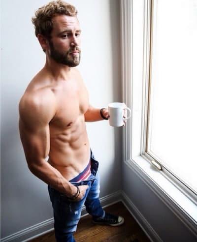 Nick Viall Shirtless Photo