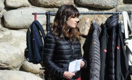 Zooey Deschanel On 'New Girl' Set