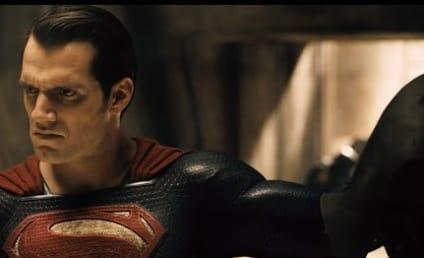 Batman v Superman Trailer Teaser Released: Watch!!