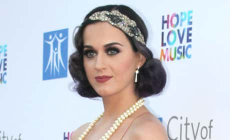 Katy Perry Goes Retro