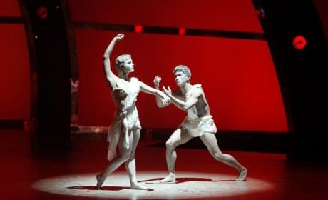 Contemporary Dancers