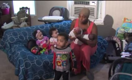 Woman Gives Birth to SIX Kids in 26 Months