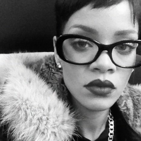Rihanna, Glasses Photo