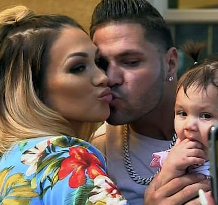 Ronnie Ortiz-Magro and Jen Harley Smooch