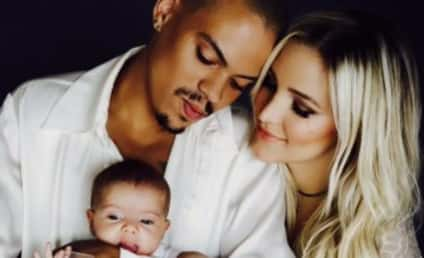 Ashlee Simpson Baby Photo: Unveiled! Adorable!