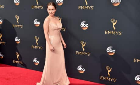 Emilia Clarke at the 2016 Emmys