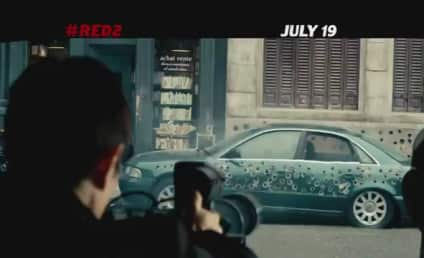 Red 2: New Looks at a Good Time