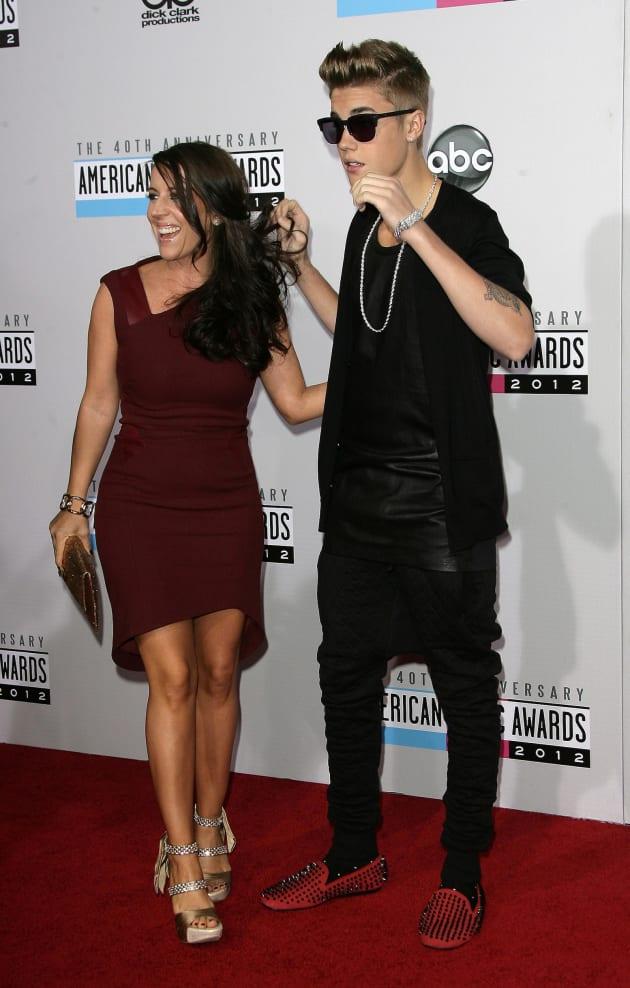 Justin Bieber, Mother