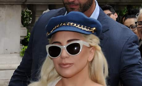 Lady Gaga in Hat PIc
