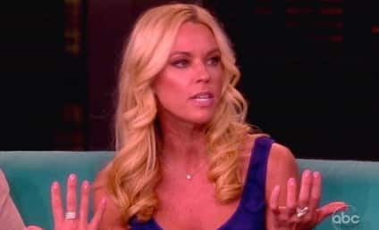 """Kate Gosselin Claims Guy is Impersonating Her on Twitter, May Have """"Panties in a Wad"""""""