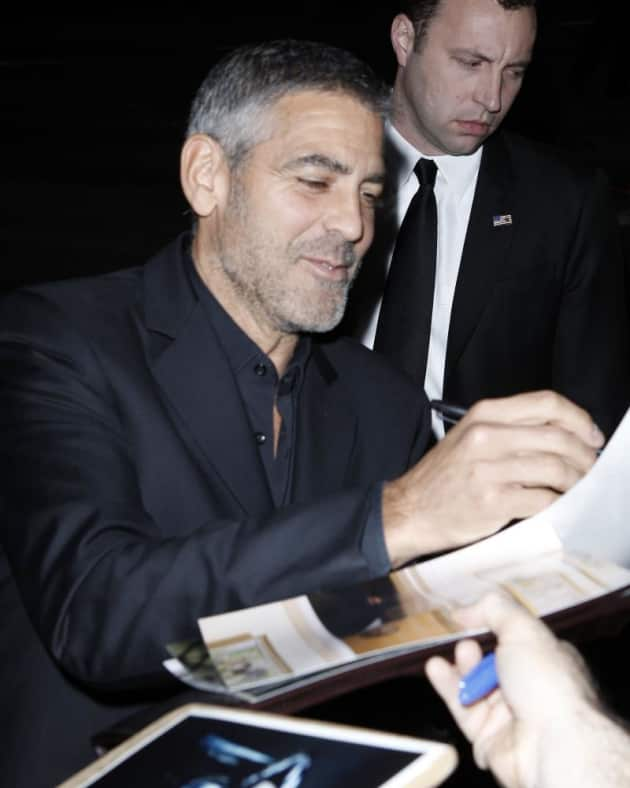 Signing for Fans