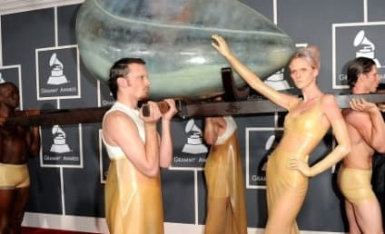 Lady Gaga Grammys Arrival: Incubating a Hoax?