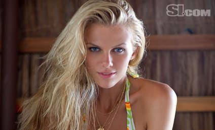 Brooklyn Decker Bikini Photos: THG Hot Bodies Countdown #16!
