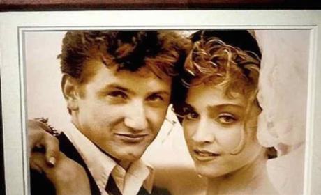 Madonna and Sean Penn Wedding Pic