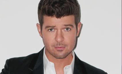 """Robin Thicke Hosted """"No-Pants Party,"""" Slept with Five Women in One Night, Shady Source Claims"""