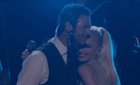 "Gwen Stefani and Blake Shelton Perform ""Go Ahead And Break My Heart"""