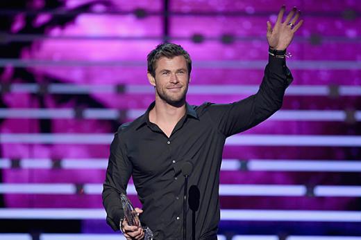 Chris Hemsworth at People's Choice Awards