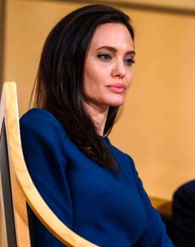 Angelina Jolie: Depressed?