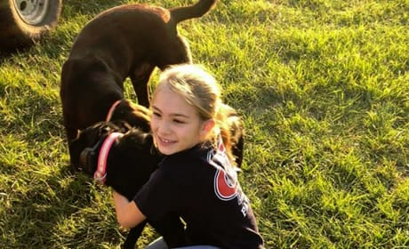 Maddie Briann Aldridge Loves Dogs