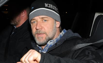 """Russell Crowe Rescued By Coast Guard After Kayaking """"Grand Adventure"""""""