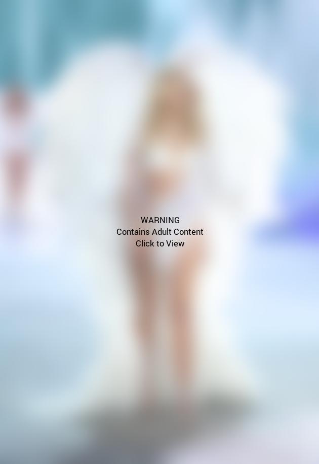 Victoria's Secret Fashion Show Photo