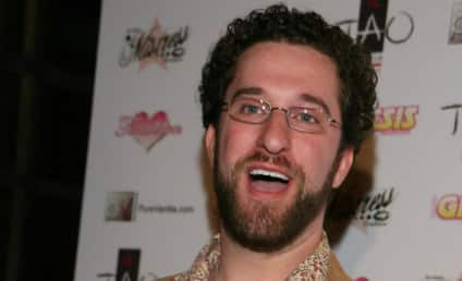 Woman Mugs Dustin Diamond, Steals Video Games