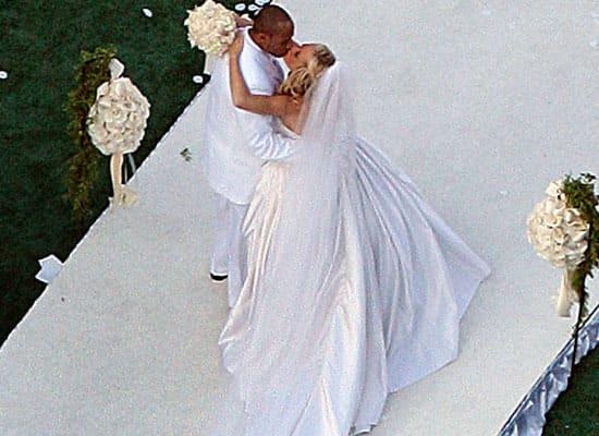 Kendra Wilkinson Gets Married