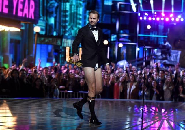Alexander Skarsgard in His Underwear! Alexander Skarsgard in His Underwear!
