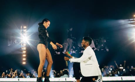 Beyonce Backup Dancer Gets Engaged... Mid-Concert!