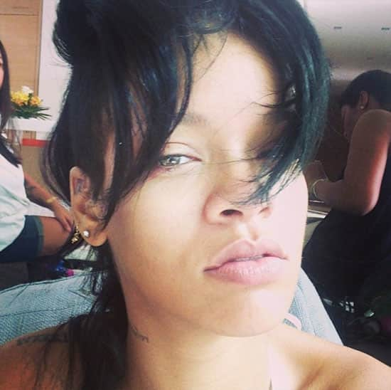 Rihanna in No Makeup