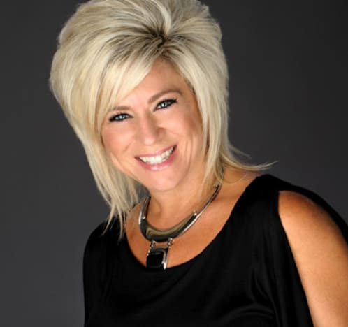 Theresa Caputo Picture