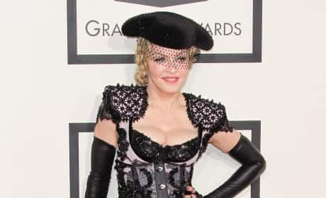 2015 Grammy Awards: All the Fashion!