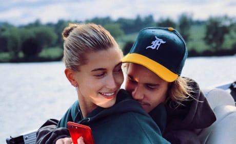 Hailey Baldwin with Justin Bieber, Best Friends Photo