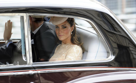 Kate Middleton Attends the Queen's Diamond Jubilee Service of Thanksgiving