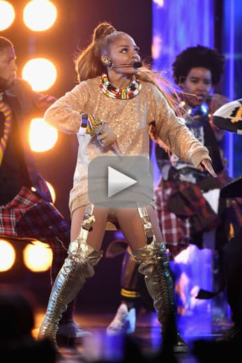 Janet jackson performs at billboard music awards supports number