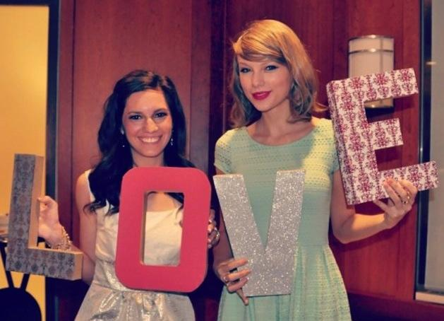 Taylor Swift at a Bridal Shower