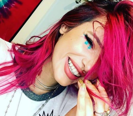 Bella Thorne, Giggling in Glitter