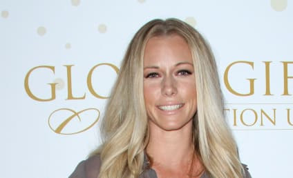Kendra Wilkinson: My Son Sees Me Naked! It's Totally Normal!
