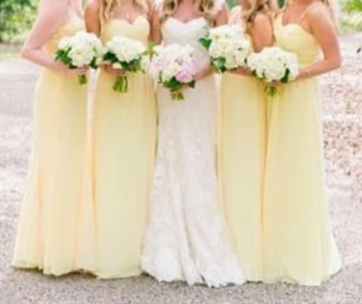 wedding photo with yellow bridesmaid dresses from IG 02