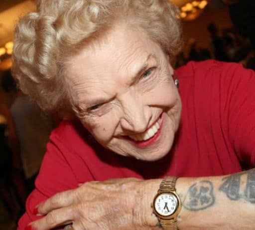 Mae Young Pic