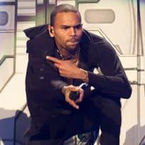 Chris Brown Singin'